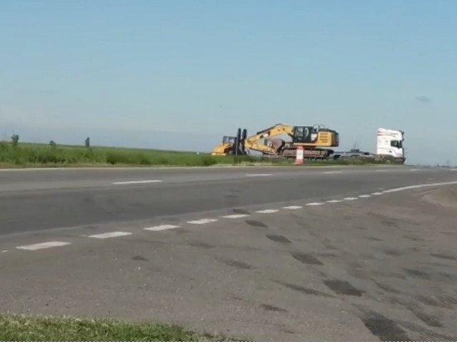 USR Dolj: Decorul de la inaugurarea drumului expres Craiova - Pitesti, demontat. Olguta Vasilescu: Chiar se lucreaza