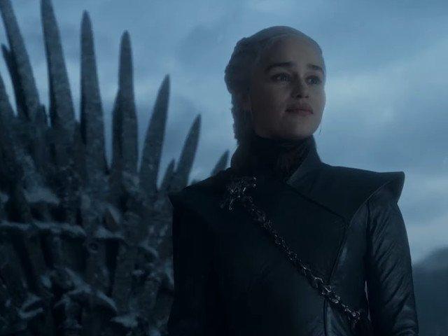 """Emilia Clarke sustine ca a vizionat inregistrari cu Hitler pentru a-si pregati discursul final din """"Game of Thrones"""""""