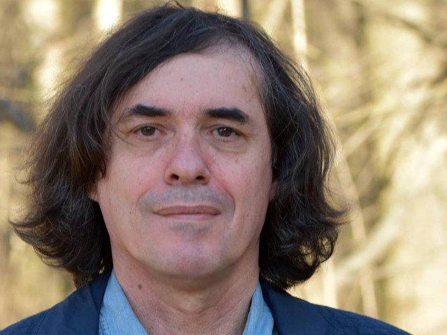 Mircea Cartarescu: PSD trebuie distrus ca sistem, nu invins ca partid