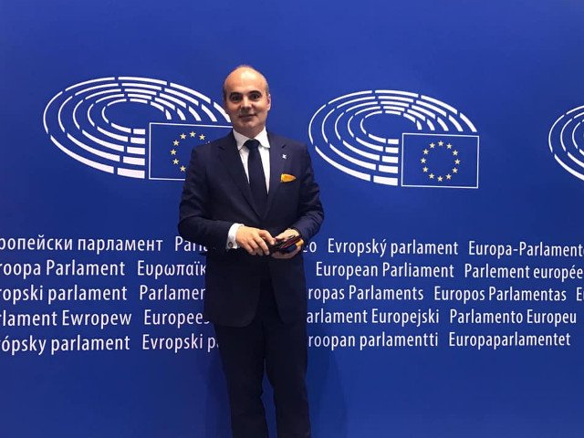 Rares Bogdan: Nu vom taia pensiile speciale, ci le vom impozita dupa modelul francez sau olandez cu 80%