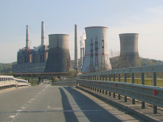 Greenpeace Romania actioneaza in instanta cea mai poluanta termocentrala din Romania