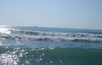 Un barbat a murit la Navodari, dupa ce s-a scufundat in mare ca sa culeaga rapane