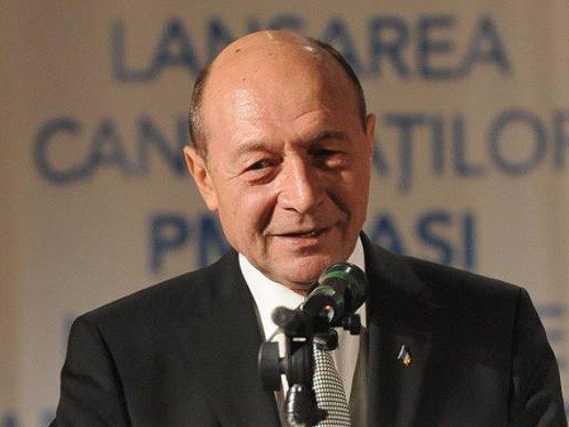 Traian Basescu: Mi-as dori foarte mult ca motiunea sa aiba succes