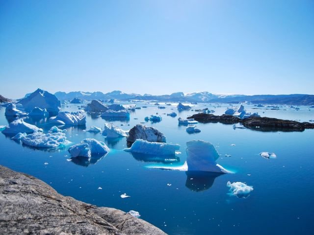 Groenlanda a pierdut 40% din gheata sa intr-o singura zi/ FOTO