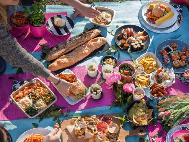 Delicii din bucataria internationala: 9 preparate rapide pe care sa le incerci la picnic