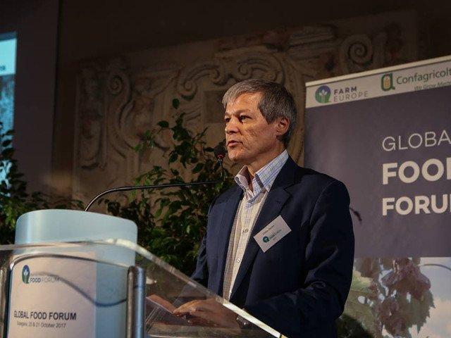 Dacian Ciolos: Romania are nevoie de un pact in interiorul opozitiei