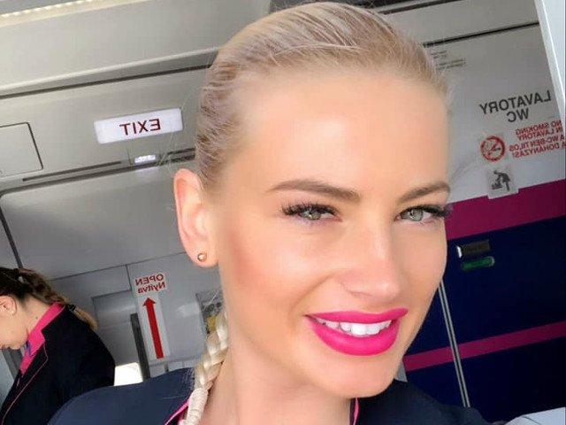 """Gestul unei stewardese din Cluj care a impresionat un calator: """"Ingerii exista""""/ FOTO"""