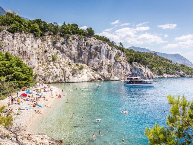 Fara aglomeratie in vacanta: 6 plaje splendide din Europa, mai putin cunoscute de turisti