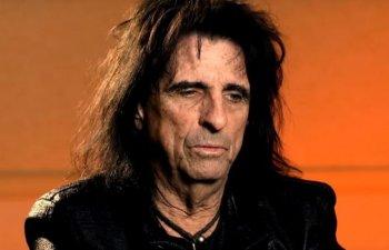 Rockerul Alice Cooper a incheiat un