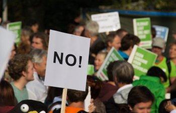 Cele mai mari proteste antiguvernamentale din ultimii 30 de ani, in Cehia