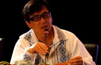 Ambasada Romaniei la Beijing publica o fotografie cu actorii Jackie Chan si Ziyi Zhang imbracati in ie romaneasca/ VIDEO
