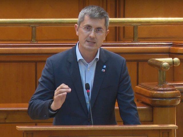 Dan Barna: Codul administrativ baronizeaza semnificativ Romania