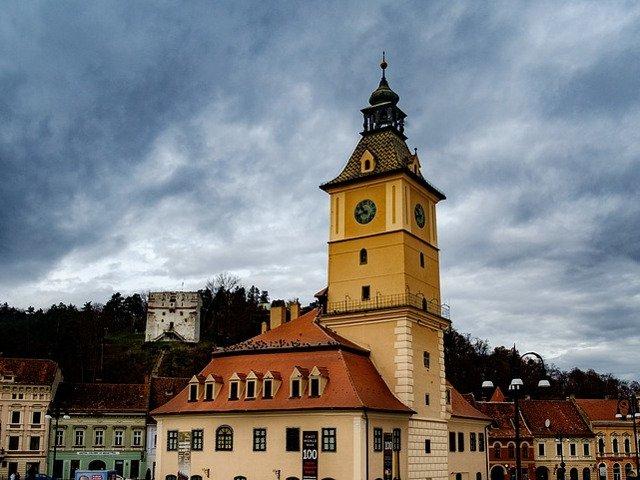 Piata Sfatului din Brasov, studiu de caz intr-un proiect european de combatere a terorismului
