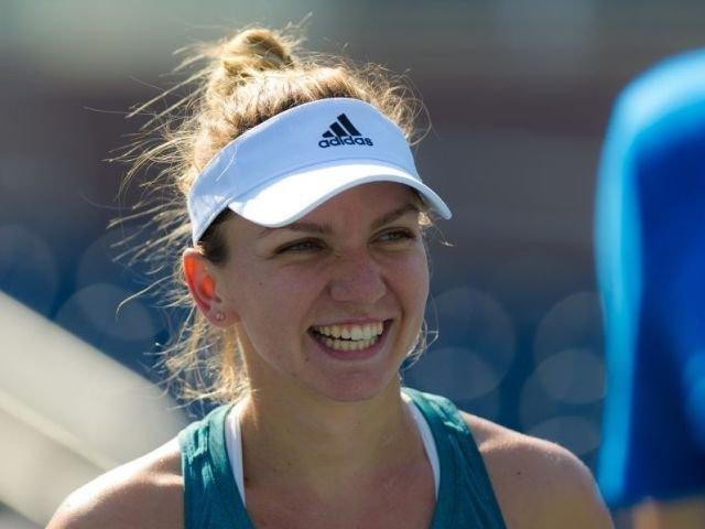 Simona Halep s-a calificat in turul doi la Wimbledon