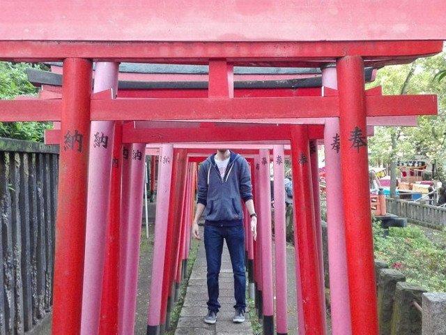"Imagini ""altfel"" din concediu: 10+ probleme pe care le intampina persoanele inalte in Japonia"