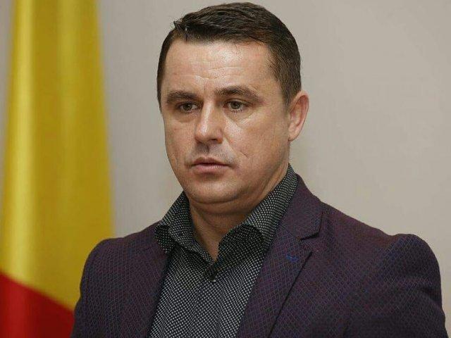 Primarul PMP al orasului Ulmeni a renuntat la pensia speciala, cu declaratie la notar