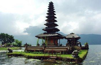 Cutremur subacvatic cu magnitudinea 6,1 in Bali / VIDEO