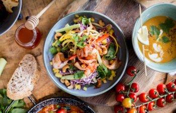 Pentru o dieta echilibrata: 8 preparate culinare sanatoase pe care sa le incerci vara/ VIDEO