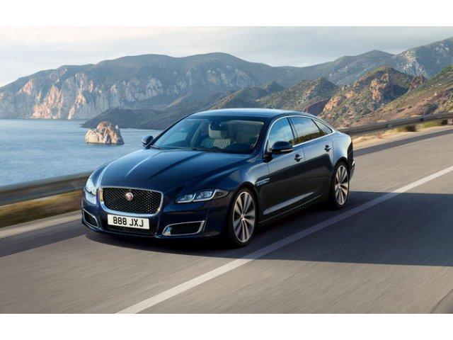 Bani de la guvern: Jaguar Land Rover va primi 500 de milioane de lire pentru productia si exportul de masini electrice