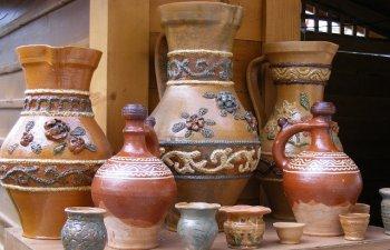 Romanilor le este tot mai greu sa deosebeasca oalele autentice de lut de falsurile facute de chinezi