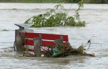 Patru excursionisti au murit dupa inundatiile provocate de ploi torentiale in sud-estul Chinei
