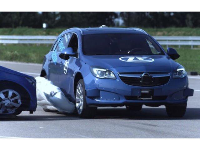 Airbag-urile externe pentru coliziuni laterale vor fi capabile sa anticipeze accidentele: lansarea pe piata ar putea avea loc in 2023