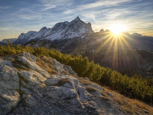 10 informatii despre soare carora nu le-ai acordat atentia cuvenita pana acum
