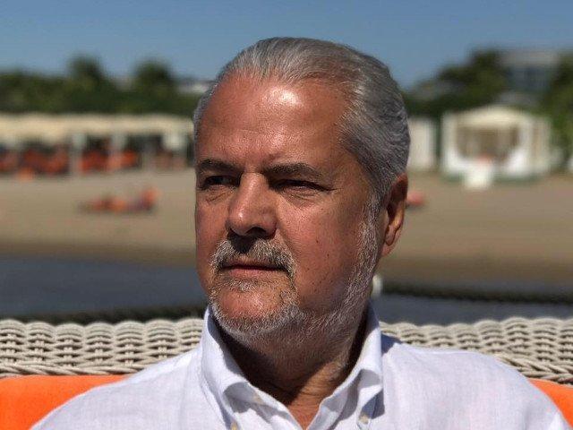 Adrian Nastase: In ultimii ani, in Romania s-au inmultit foarte mult sacalii. Influenta lor se simte si in politica