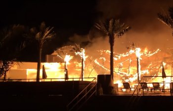Un incendiu a izbucnit intr-un club din Mamaia / VIDEO