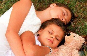 13 lucruri fascinante care ni se intampla cand dormim