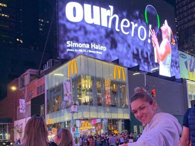 Un panou urias cu Simona Halep, amplasat in centrul New York-ului/ FOTO