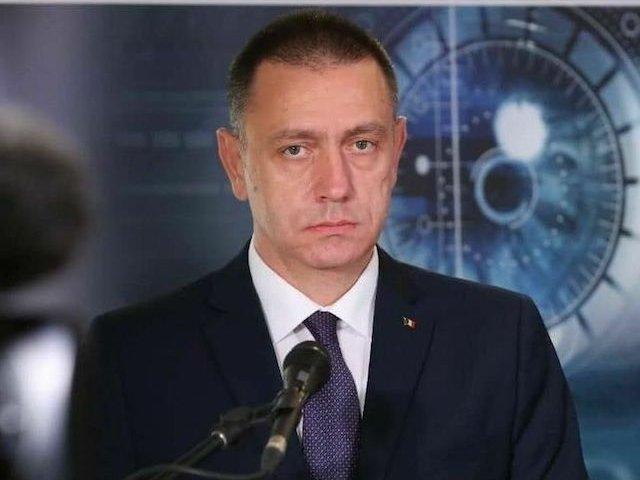 """Mihai Fifor il ataca pe Dacian Ciolos: """"Fereasca Dumnezeu sa ajungeti iar la guvernare!"""""""