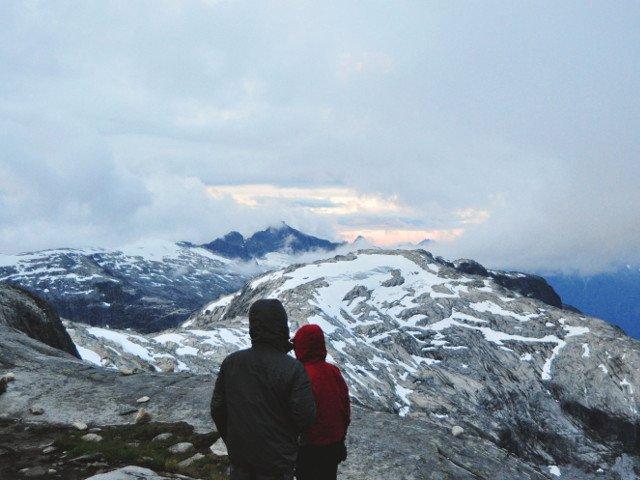 Excursionisti din Spania vor fi amendati cu aproape 8.000 de euro, dupa ce au fost salvati in mod repetat din Alpii italieni