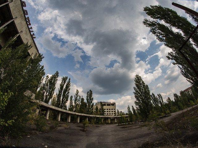 Selfie printre ruine: cum serialul TV a schimbat turismul la Cernobil