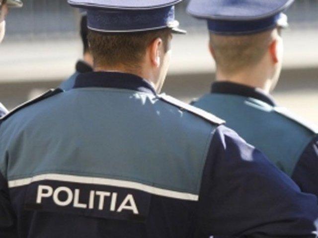 Tanara de 20 de ani, luata cu forta de pe strada, din Caracal, gasita de politisti in circa 10 minute de la sesizare