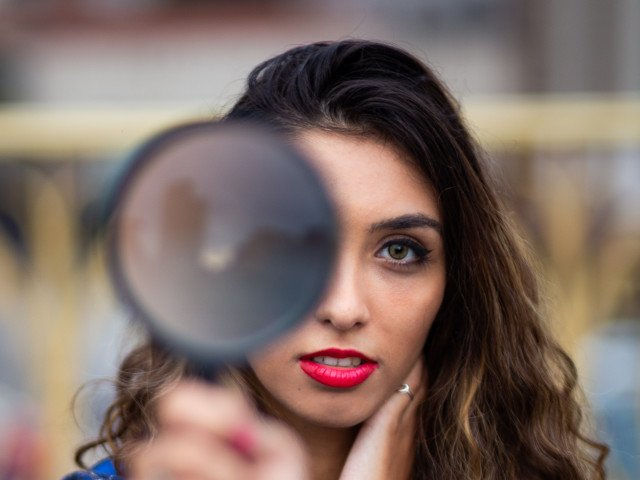 3 criterii care tradeaza lipsa de incredere in sine  (+ 3 moduri pentru a o recapata cat mai repede)