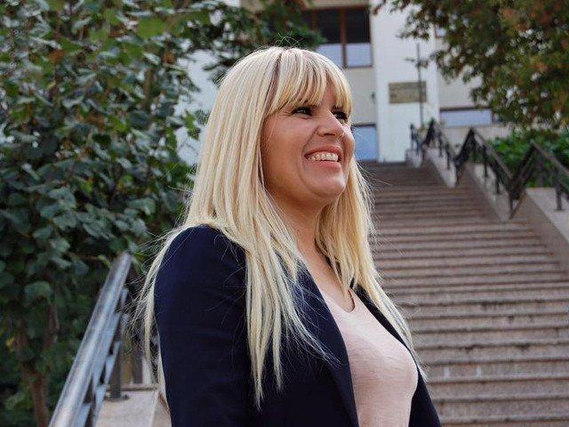 """Elena Udrea: """"Ma bucur mult ca sunt acasa. Cred ca lucrurile sunt in schimbare spre bine in Romania"""""""