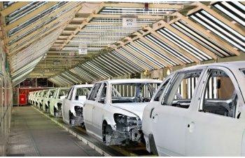 Studiu: producatorii auto vor fi obligati sa-si diminueze costurile in urmatorii 10 ani, iar automatizarea va creste in fabrici