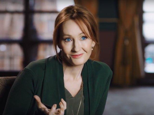 Scriitoarea J.K. Rowling a donat 18 milioane de dolari pentru gasirea unui tratament pentru scleroza multipla