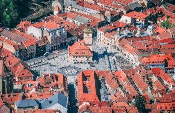 Marfa expirata, ce urma sa fie vanduta la un festival in Piata Sfatului din Brasov, gasita de Protectia Consumatorului