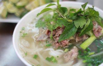 Autoritatile dintr-un oras vietnamez solicita locuitorilor sa nu mai consume carne de caine: