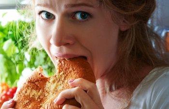 Studiu: Deciziile importante nu trebuie sa fie luate pe stomacul gol