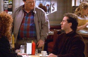 Netflix a cumparat drepturile de difuzare pentru serialul `Seinfeld`, dupa ce a pierdut `Friends`