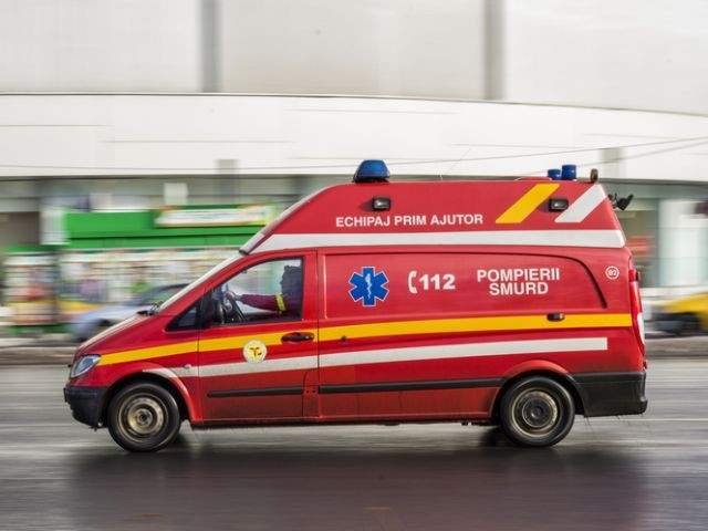 Maramures: Barbat in stare grava, dupa ce sotia i-a dat foc