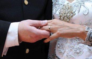 Indonezia a crescut varsta minima legala de casatorie pentru fete