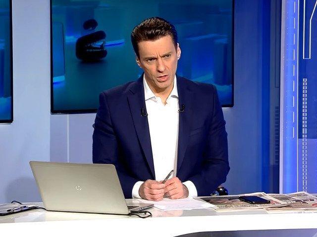 Mircea Badea: Este o zi in care iti pui intrebarea daca presedintele Romaniei are toate tiglele pe casa