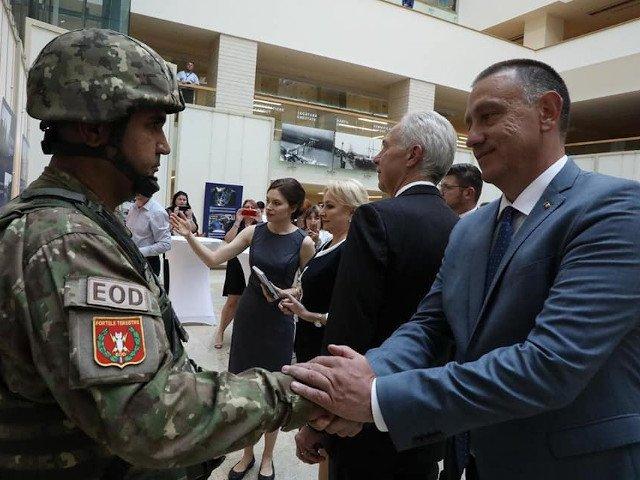 """Fifor, despre """"15 ani in NATO"""": A fost un prilej excelent de a marca solidaritatea colaborarii militarilor romani cu militarii NATO"""