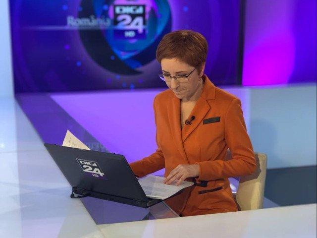 Jurnalista Alice Iacobescu, scoasa de pe post desi trebuia sa stea la Digi24 la pana in octombrie