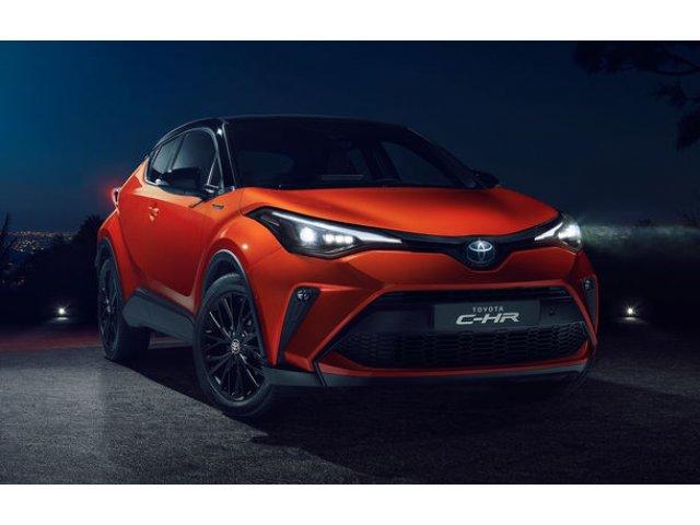 Toyota C-HR facelift, primele imagini si detalii: versiune hibrid de 184 CP si mici modificari estetice