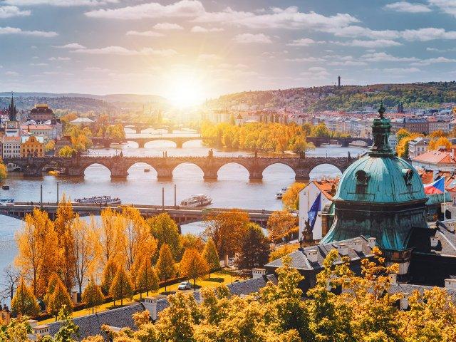 8 motive pentru care toamna este anotimpul ideal sa vizitezi Praga